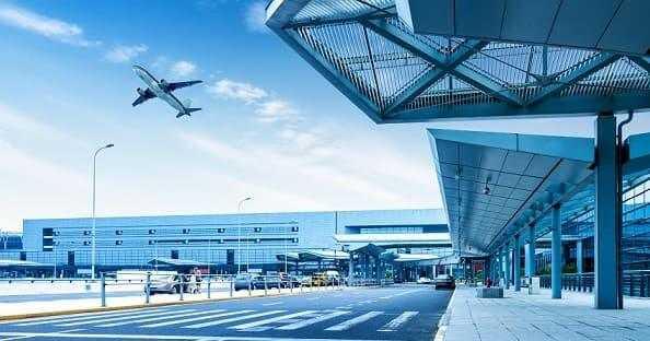 Большие данные и машинное обучение в аэропортах: 7 практических примеров в России и за рубежом